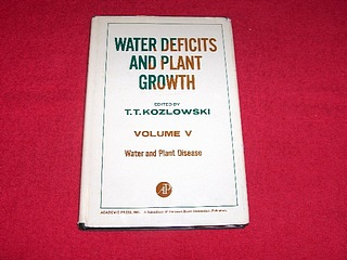 Image for Water Deficits and Plant Growth [Volume 5]: Water and Plant Disease